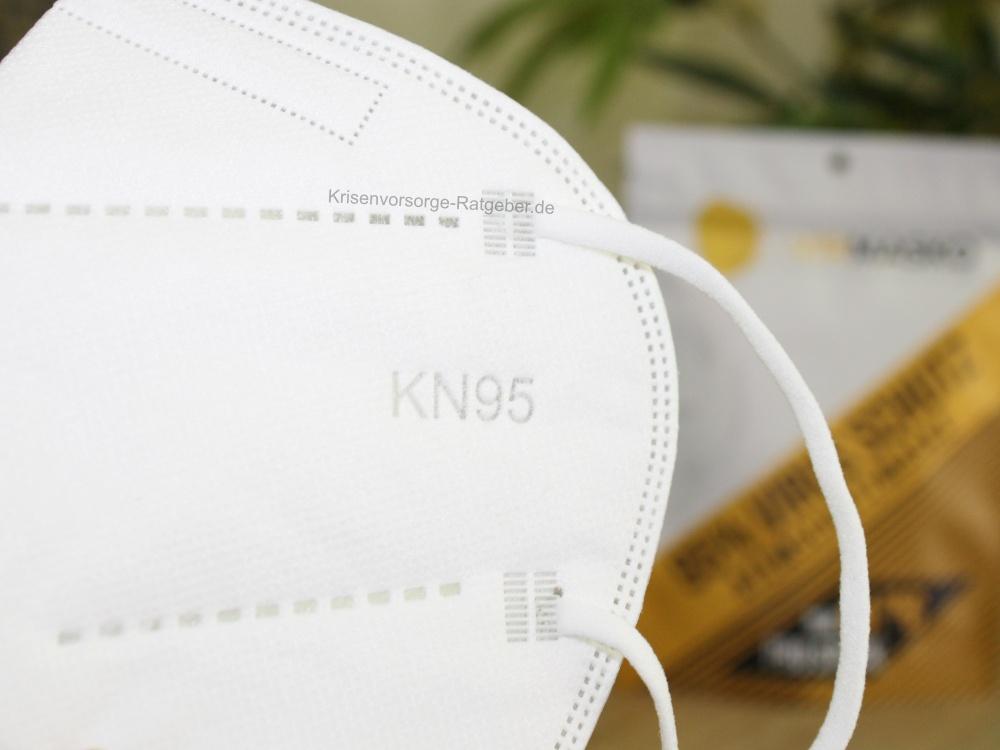 Frisch ausgepackte KN95 Maske noch unbenutzt